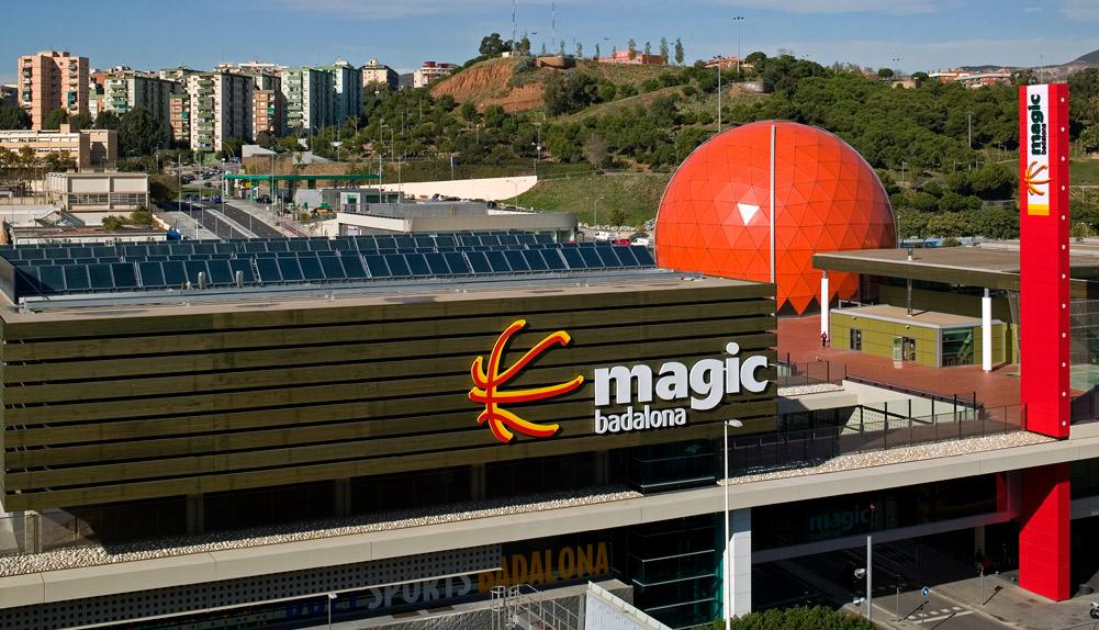 Badalona Capital Europea del Básquet, centro lúdico. Barcelona. - Copisa