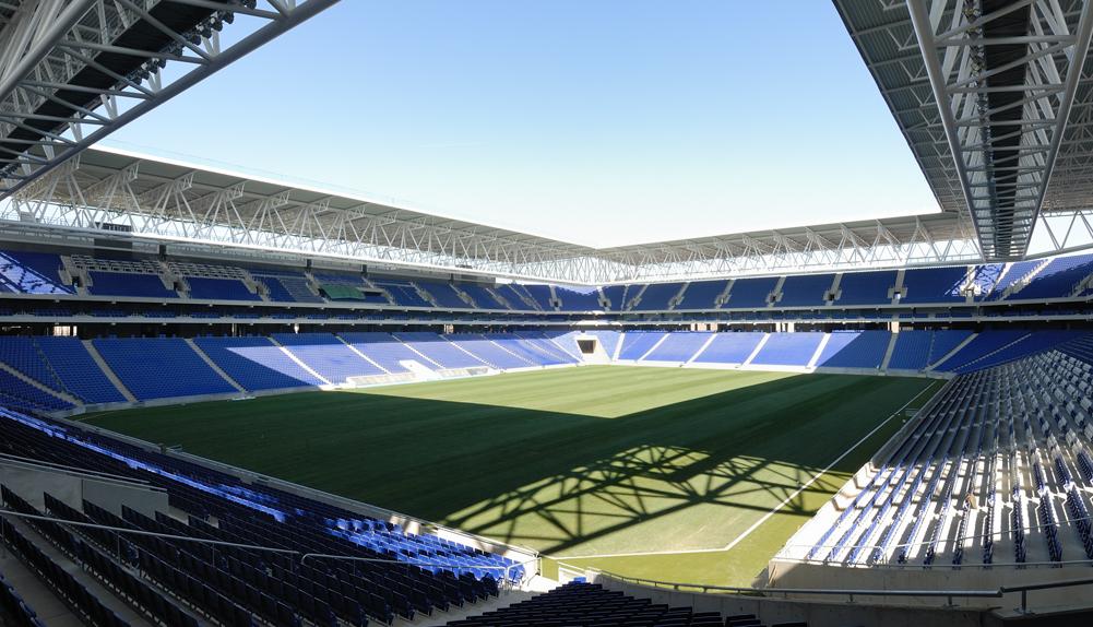 Nuevo estadio de futbol del RCD Espanyol de Barcelona, España. - Copisa