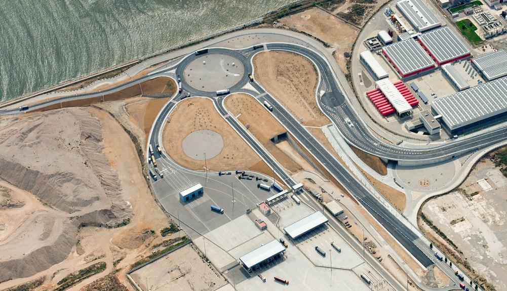 Copisa construcción accesos puerto de Barcelona
