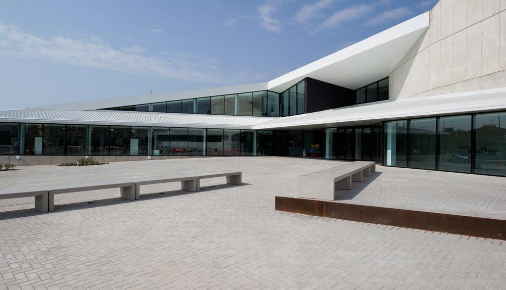 Auditorio, teatro y biblioteca en Vandellós, Tarragona - Copisa